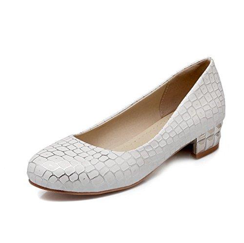 Allhqfashion Kvinners Lave Hæler Assorterte Farger Trekk På Mykt Materiale Rund Tå Pumpe-sko Hvite