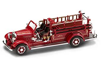 Yat Ming Scale 1:43 - 1935 Mack Type 75BX Fire Engine