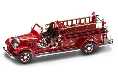 (Yat Ming Scale 1:43 - 1935 Mack Type 75BX Fire Engine)