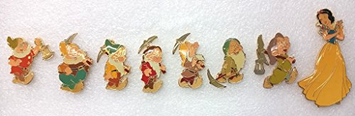 Oversize Pin (Disney Snow White and the Seven Dwarfs Rare Limited Edition 8 Oversized Pins - Pin Set)