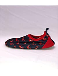 Boys Beachwear Shoes(Water Shoes) Size 5-6T(Red/Crabs)