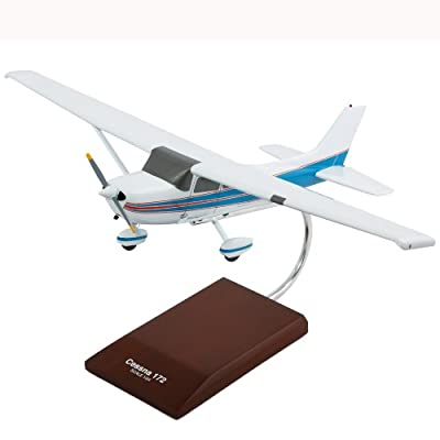 Cessna Model 172 Skyhawk - 1/24 scale model