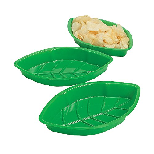 Fun Express - Vacuum Plastic Palm Leaf Serving Trays for Spring - Party Supplies - Serveware & Barware - Serving Platters - Spring - 12 Pieces -