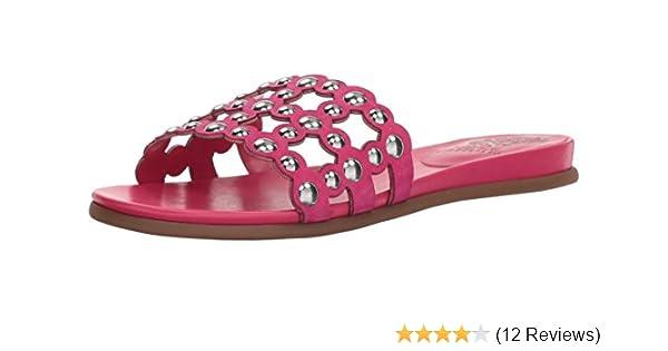 d8ba97a20e07 Amazon.com  Vince Camuto Women s Ellanna Slide Sandal  Shoes