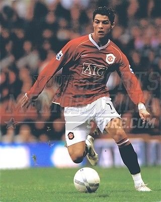 christian-ronaldo-manchester-united-soccer-kick-aig-8x10-11x14-16x20-photo-399-size-8x10
