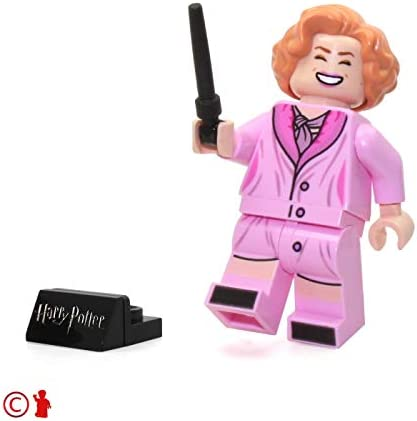 LEGO 2018 Harry Potter Minifigure - Queenie Goldstein (with Wand and Display Stand) 75952