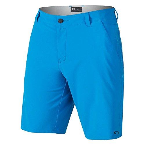 (Oakley  Men's Stance Two Shorts Ozone)