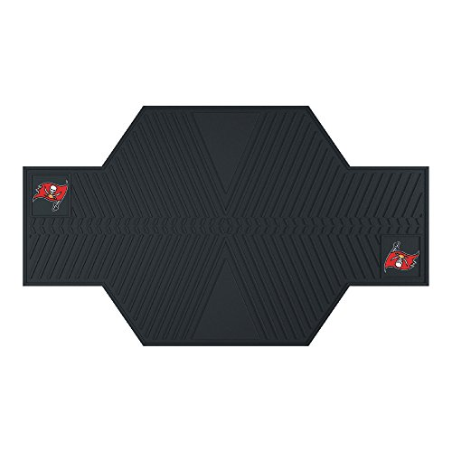 FANMATS 15336 NFL Tampa Bay Buccaneers Motorcycle Mat by Fanmats