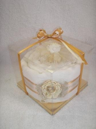 One Tier Golden 50th Wedding Anniversary Gift Towel Cake