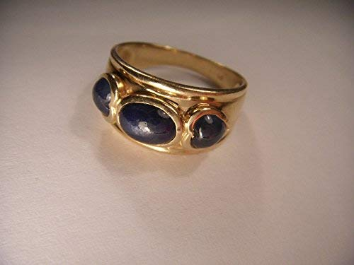 Fascinating Estate 14K Yellow Gold Three-Stone Star Sapphire Heart Ring Band (Sapphire Ring Estate Gold)