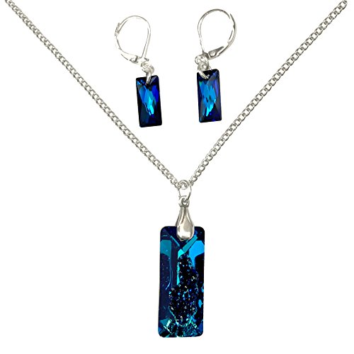 an Blue Swarovski Crystal Druzy Pendant Silver Necklace and Earrings Set ()