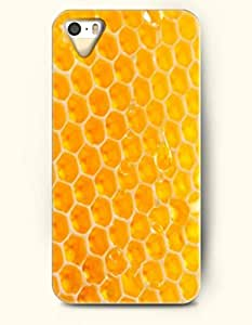 Apple iPhone 4/4S Cover Yellow Beehive - Hard Back Plastic Case / Honeycomb Pattern / OOFIT Authentic