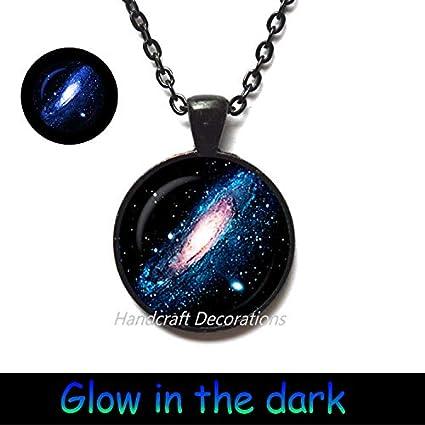 Amazon.com: HandcraftDecorations Andromeda - Colgante de ...