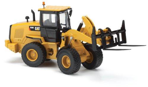 Norscot Cat 930K Wheel Loader (1:50 Scale), Caterpillar Yellow ()