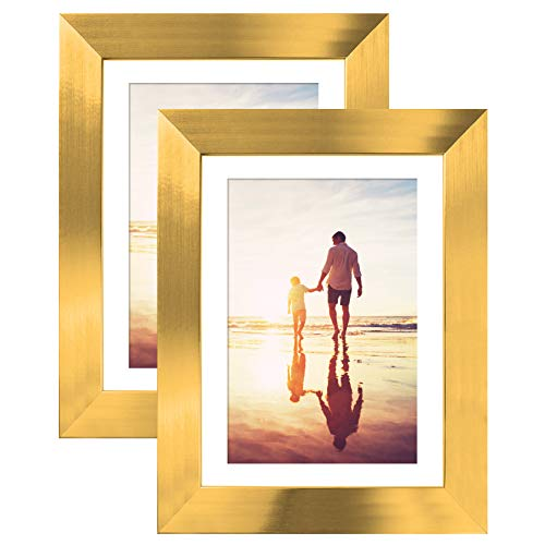 - Gold Colored Tabletop Frames - Display Pictures 4x6 with Mats - Display Pictures 5x7 Without Mats - Glass Fronts - Easel Stands ()