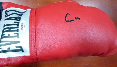 Cassius Clay Muhammad Ali Autographed Everlast Boxing Glove #4A53378 PSA/DNA Certified Autographed Boxing Gloves