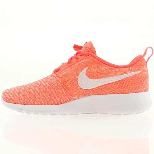 Nike Frauen Roshe One Flyknit Laufschuhe Rosa Weiß