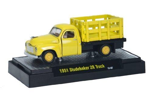M2 Machines 1951 Studebaker 2R Truck (Yellow) Auto-Trucks 2014 Castline Premium Edition 1:64 Scale Die-Cast Vehicle (12-07)