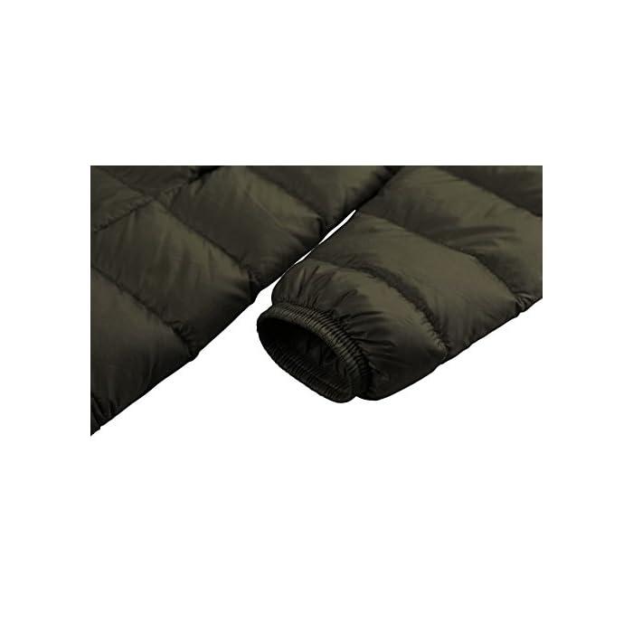 41yZ4t7KliL Cáscara de nailon denso con revestimiento especial para un rendimiento óptimo a prueba de viento y relleno de plumón de pato para una máxima retención de calor. Las características livianas y el relleno de plumón premium hacen que este abrigo se pueda empacar en su bolsa para facilitar su transporte. Tejido: capa exterior de tafetán de nailon 20D * 400T Relleno: 80% plumón de pato.