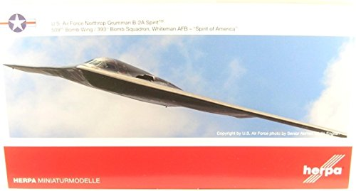 Herpa Wings 558648 B-2A 'Spirit of America' Whiteman AFB 1/200 Scale Model