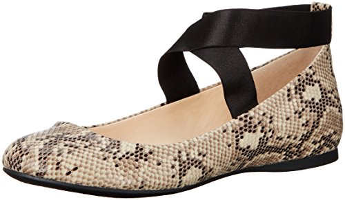 Jessica Simpson Women's Mandayss Ballet Flat,Black/White,9 M US by Jessica Simpson