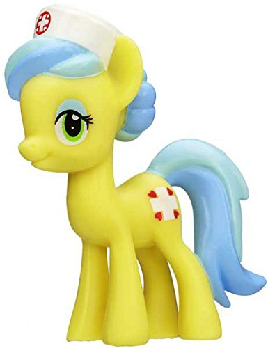 My Little Pony Wave 9 Rainbow Blind Bag 2 Inch Figure - Nurse Snowheart