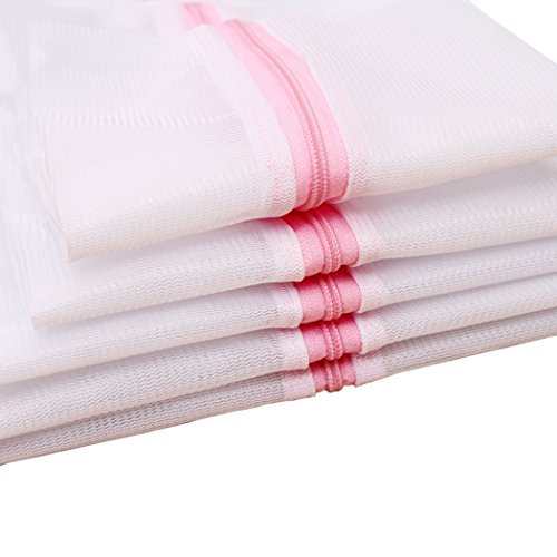 (Mayin Set of 5 Mesh Laundry Bags - 1 XX-Large 1 Extra Large, 1 Large, 1 Medium, 1 Small - Premium Quality: Laundry Bag for Blouse, Hosiery, Stocking, Underwear, Bra and Lingerie, Travel Laundry Bag )