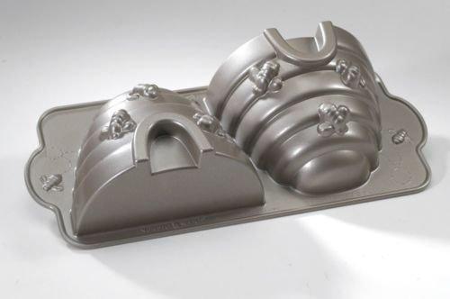 Nordic Ware 54537 Pro Cast Platinum Beehive 3-D Nonstick Cake Pan
