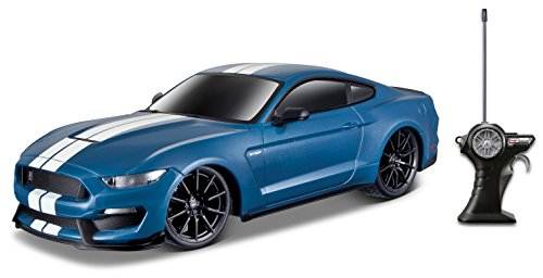 Maisto R/C 1:24 Shelby GT350 Ford Mustang Radio Control Vehicle (Colors May Vary) (FFP)