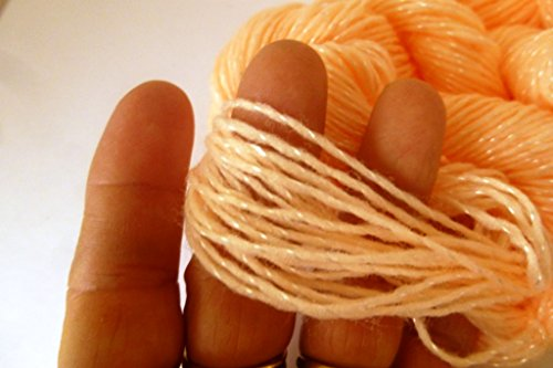 Buy pompadour yarn white
