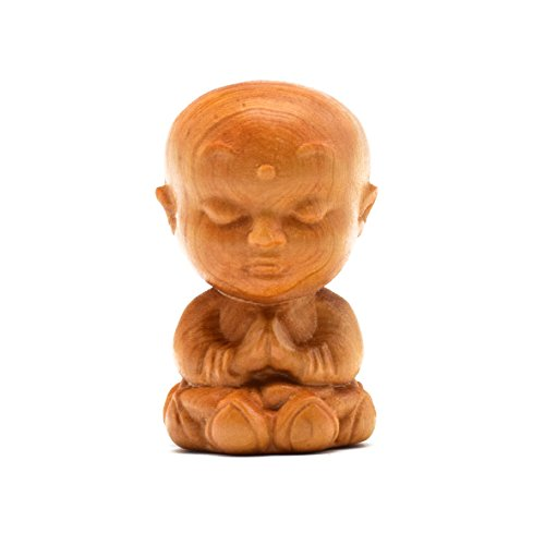 Rel Goods Natural Hand Pieces Thuja Sutchuenensis Wood Statue Hand Engraving Carved Figurine China Scuplture Plaster (Little monk) (Mcallen Home Goods)