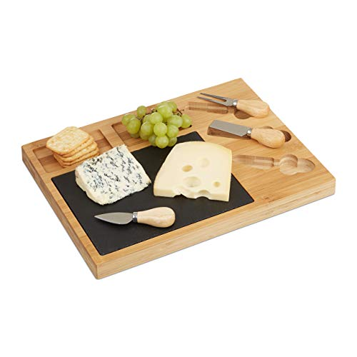 Relaxdays 10022234 Käsebrett Set, Bambus Käseplatte unterteilt, 3 Käsemesser, Schieferplatte, HxBxT: 3 x 40 x 30 cm…