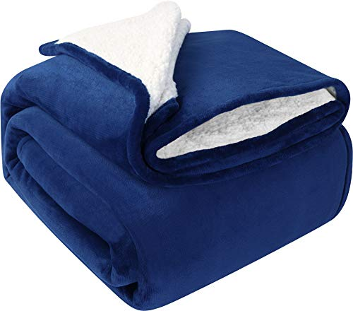 Utopia Bedding Sherpa Bed Blanket Queen Size Navy Plush Throw Blanket Fleece Reversible Blanket for Bed and Couch