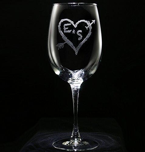 engraved-personalized-wine-glasses-arrow-in-a-heart-wedding-gift-ideas-set-of-2