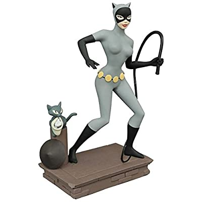 DIAMOND SELECT TOYS DC Gallery Batman: The Animated Series Catwoman PVC Figure: Toys & Games