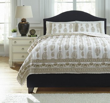 Ashley Furniture Signature Design - Almeda Reversible Coverlet Set - Includes Coverlet & 2 Shams - Queen Size - Beige by Signature Design by Ashley