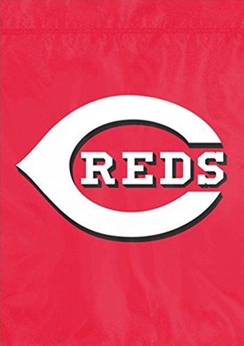 Party Animal MLB Cincinnati Reds Garden Flag