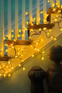 Twig Branch Garland (Pbk Forsythia Twig Lighted Garland)