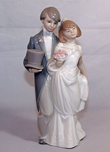 Lladró Wedding Bells Figurine (Lladro Wedding Figurine)