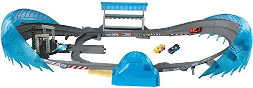 Lightning Mcqueen Racetrack (Disney Pixar Cars 3 Ultimate Florida Speedway with 3 vehicles Playset)