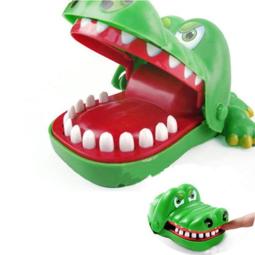 Aquiver Big Crocodile Mouth Dentist Bite Finger, Family Game Toy Hot for Kids Xmas Gift