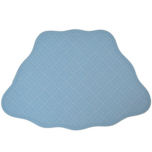 Set of 2 Cornflower Blue Quilted Scallop Wedge-Shaped Placemats for Round Tables