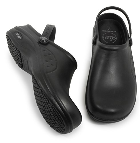 Woman's Clog Shoe with Memory Foam in Sole, Anti Slip Grip Sole Technology, Water and Stain Resistant. (5, Black)
