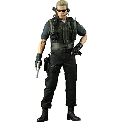 Sideshow Collectibles Hot Toys Video Game Masterpiece Resident Evil 5 12 Inch Deluxe Figure Albert Wesker  sc 1 st  Amazon.com & Amazon.com: Sideshow Collectibles Hot Toys Video Game Masterpiece ...
