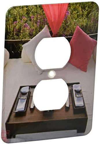 3dRose LSP 107735_ 6bandeja preparado para la cena en lujoso mesa cama, Ibiza 2enchufe Outlet Cover