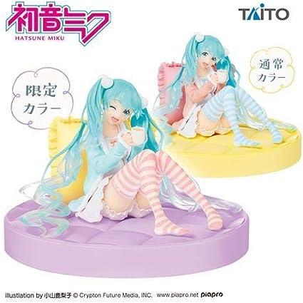 TAITO JAPAN NEW Hatsune Miku figure Original Plain Clothes ver