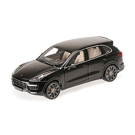 Amazon.com: Minichamps 110064000 1:18 Scale 2014 Porsche Cayenne Turbo S