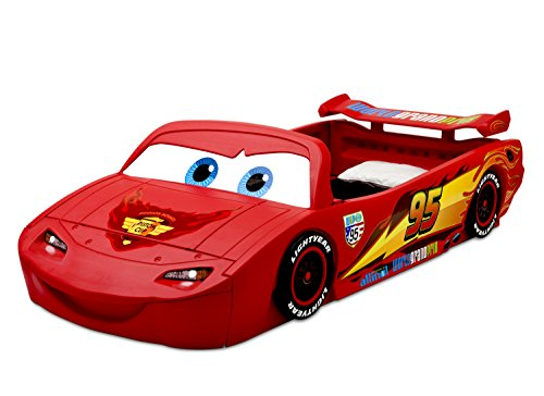 Delta Children Cars Lightning Mcqueen Toddler-To-Twin Bed with Lights and Toy Box, Disney/Pixar Cars 2