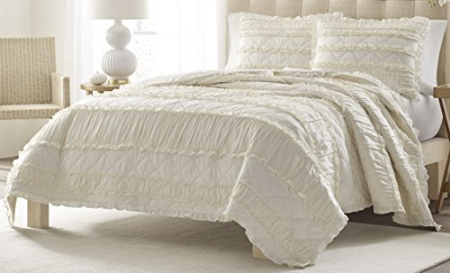 Chic Quilt Fabric - Stone Cottage Ruffled Quilt Set, King, Ivory