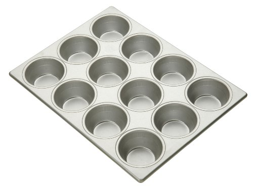 Commercial Bakeware Pecan Roll Muffin Pan, 12-Cup